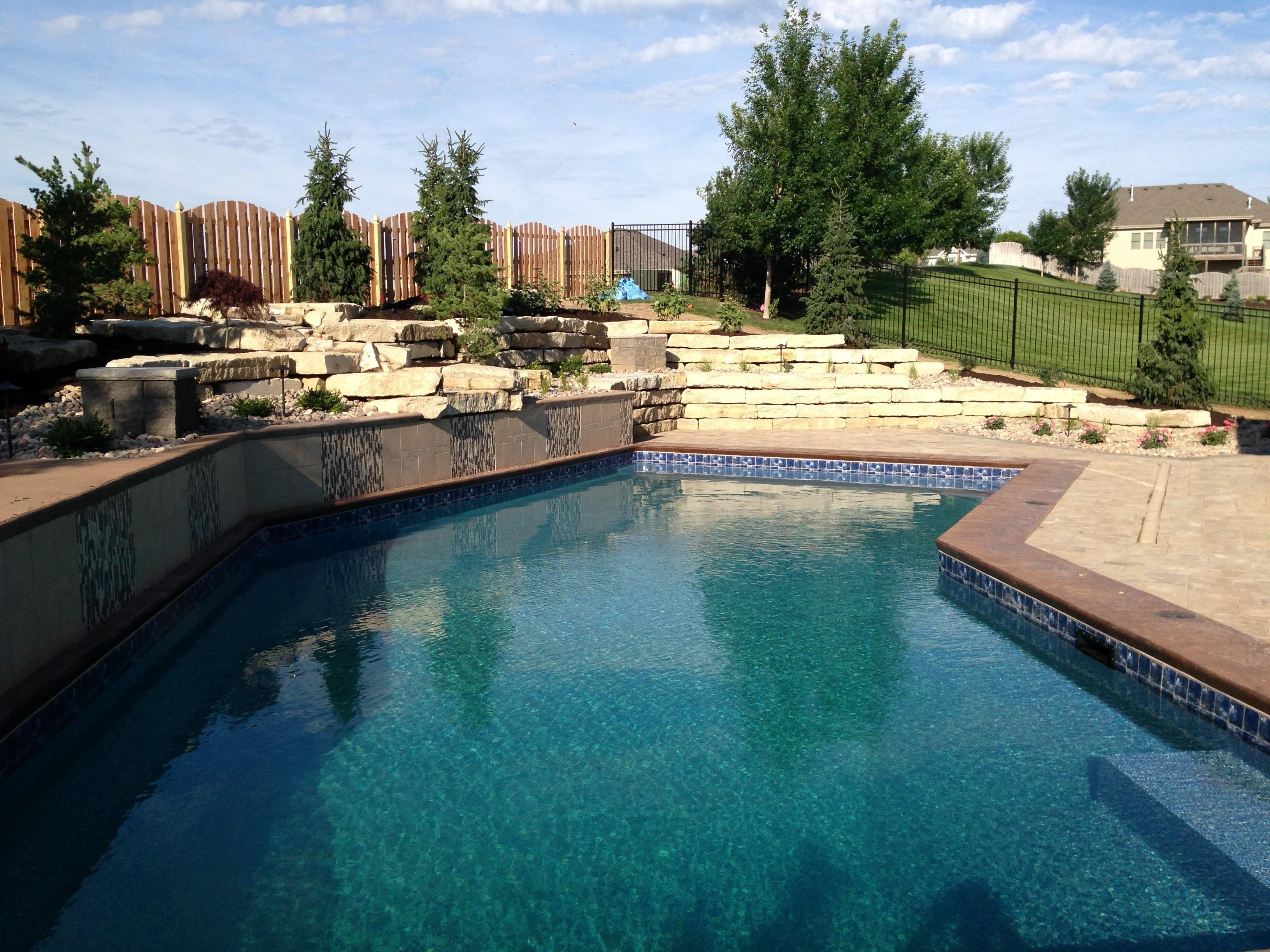 Omaha Pool Design | Renovations | Builder | Artisan Pools - Omaha, NE
